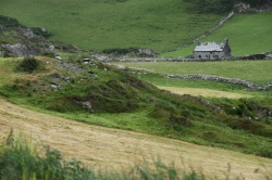 Abandoned farmhouse along the Ring of Beara