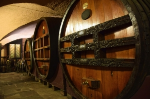 Cave historique des hospices de Strasbourg
